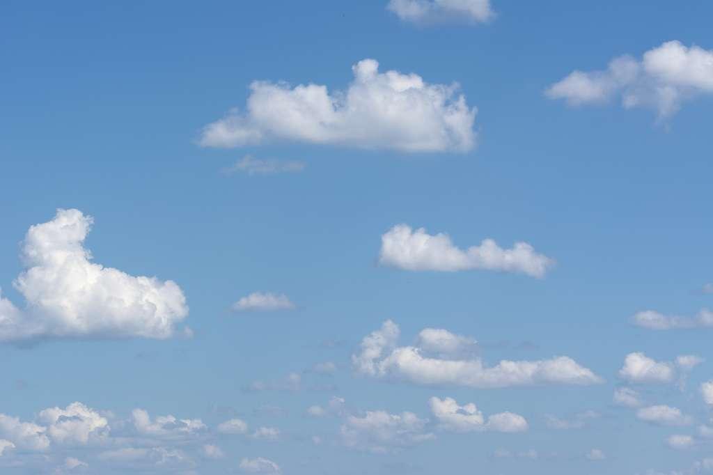 Les cumulus sont des nuages moutonneux. © bibi75, Fotolia