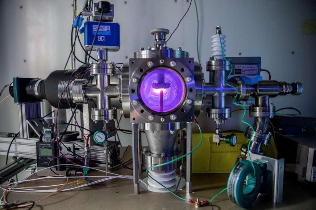 C'est dans cet appareil notamment que les chercheurs tentent d'obtenir des réactions de fusion froide. © Marilyn Chung, Laboratoire national Lawrence Berkeley