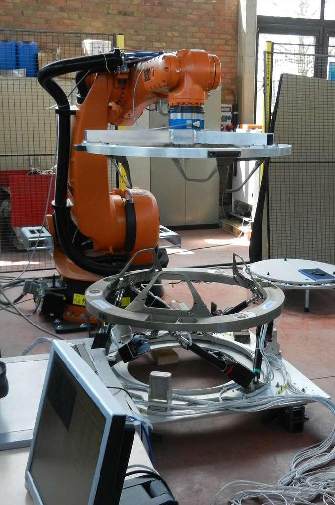 Un IBDM en cours de développement dans les locaux de QinetiQ Space nv, la société belge qui développe et construit ce système. © Qinetiq