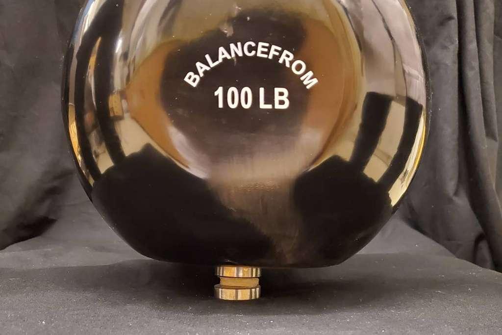 Un disque de ce cartilage synthétique de deux centimètres permet de supporter un poids de 45 kg. © Feichen Yang