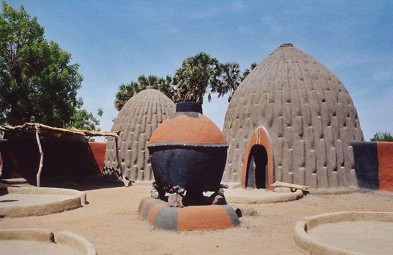 Architecture traditionnelle du peuple Mousgoum, au Cameroun