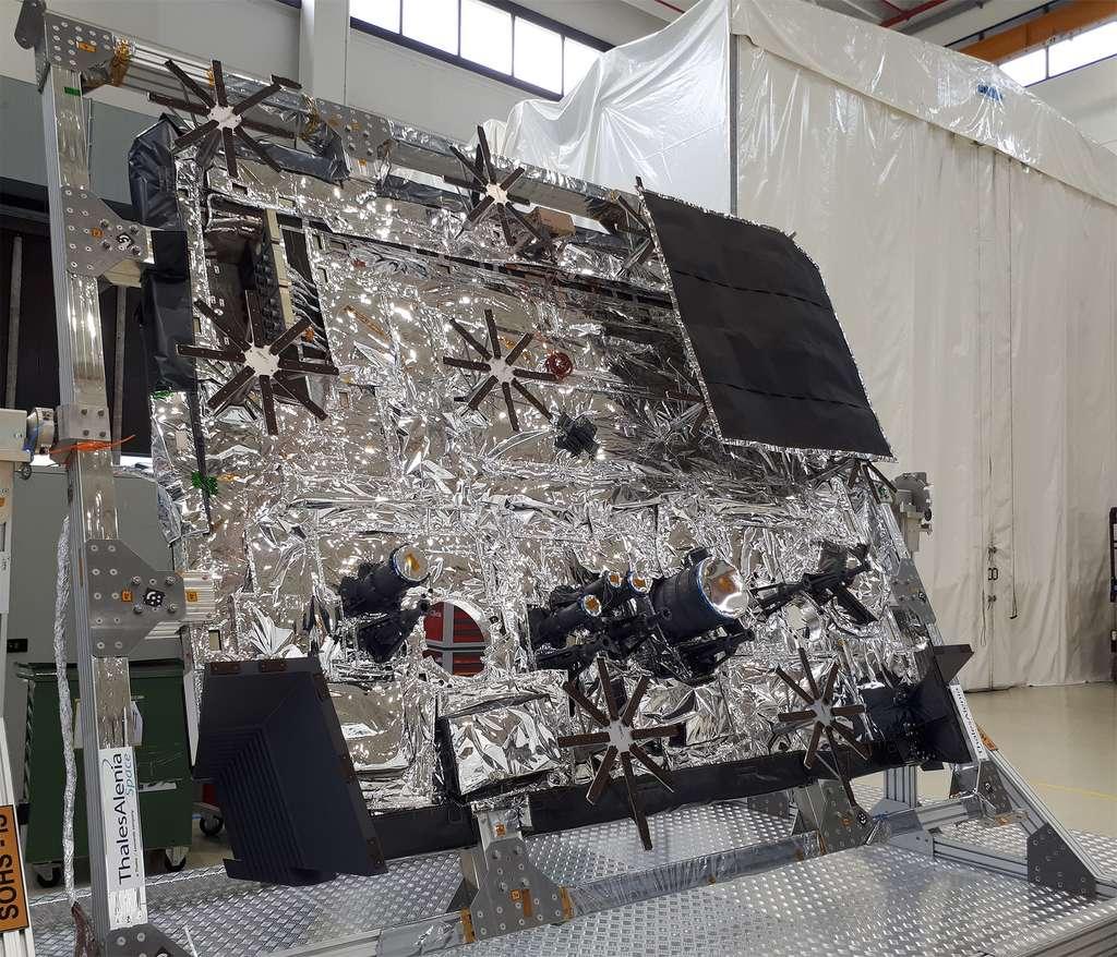 « L'intérieur » du bouclier thermique de Solar Orbiter. © Thales Alenia Space