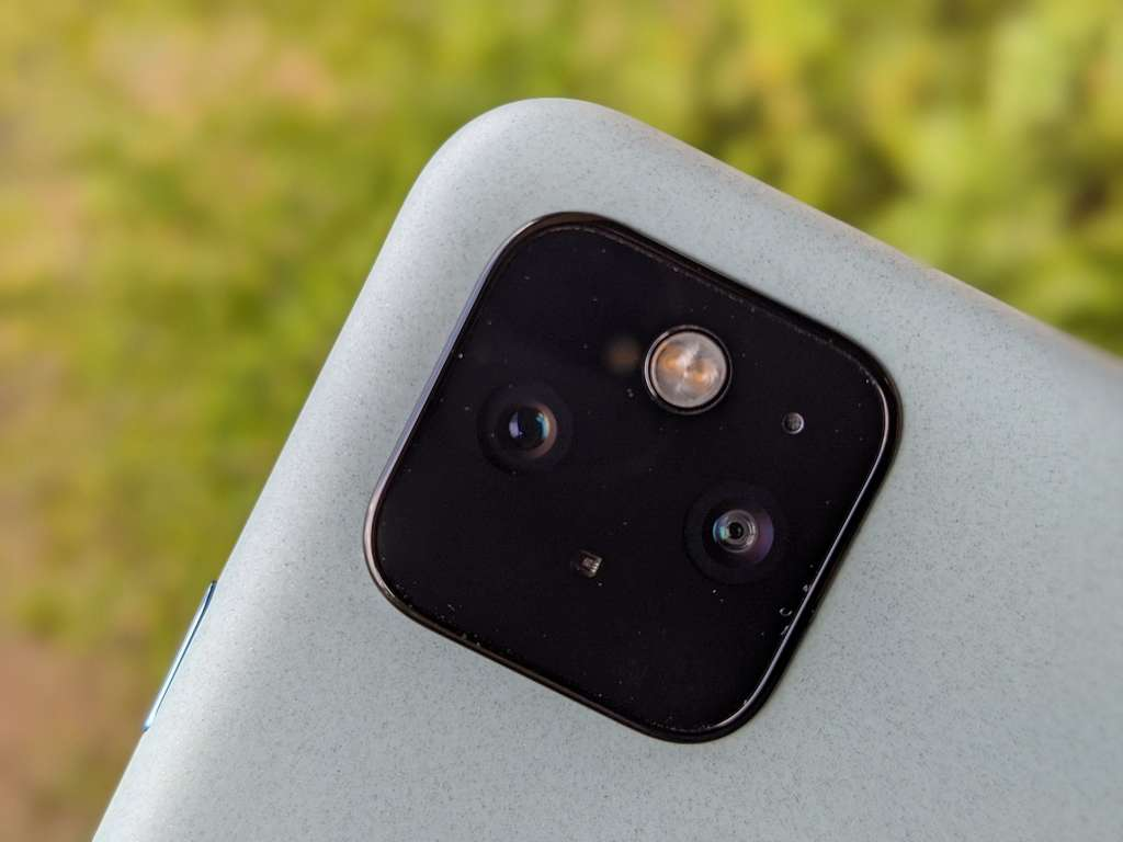 Les modules photo du Pixel 5 et du Pixel 4a 5G sont identiques. © Marc Zaffagni