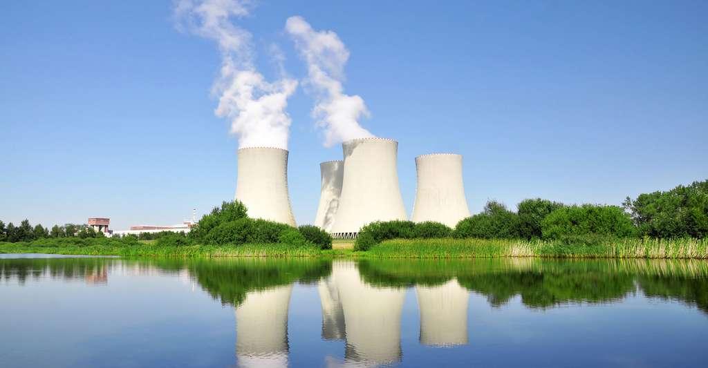 Centrales nucléaires. © Petrarottova, Fotolia