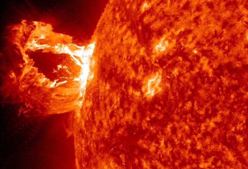 Beaucoup ont mis en exergue le fait qu'avant le petit âge glaciaire, l'activité solaire a été minimale durant 70 ans (c'est le minimum de Maunder). Mais un rapport du Conseil national de recherches du Canada indique que l'influence du soleil est certes perceptible, mais à l'échelle régionale plus que mondiale. © Nasa
