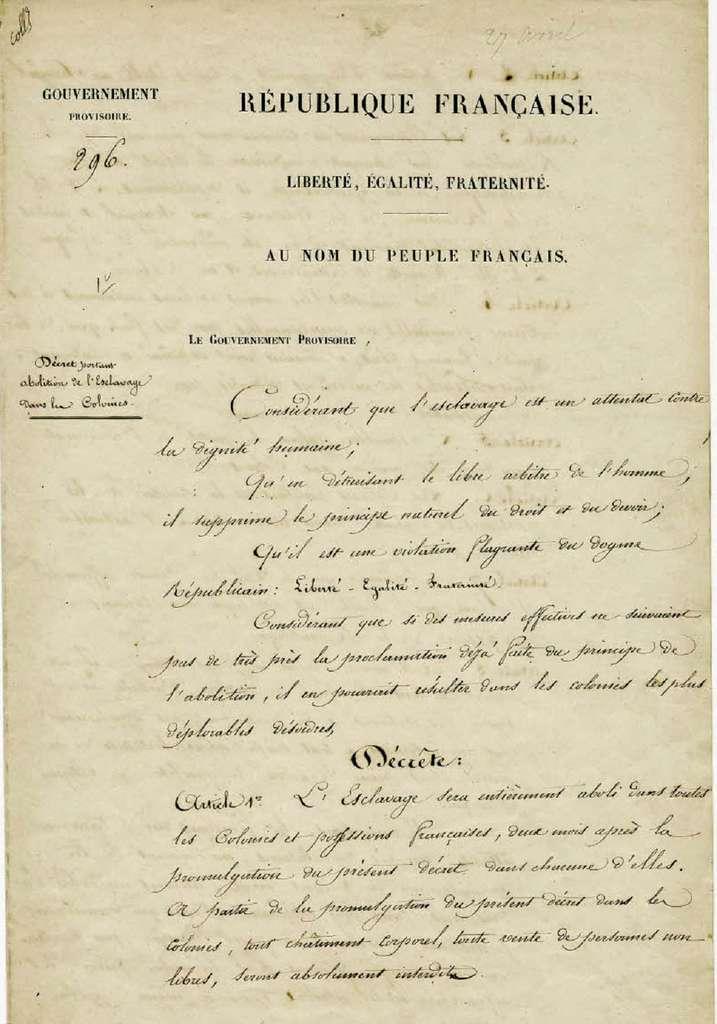 """""""Décret portant abolition de l'esclavage dans les colonies"""", 27 avril 1848, première page. Archives nationales de France, cote BB/30/1125/A/296. © Wikimedia Commons, domaine public."""