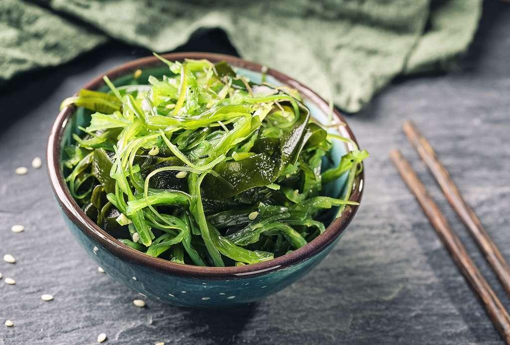 Algues alimentaires : les Japonais en mangent autant que nous de salades ! © Elena Schweitzer, Adobe stock