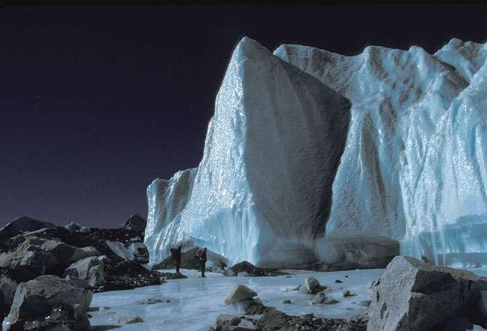 Le glacier du Khumbu, au sud de l'Everest