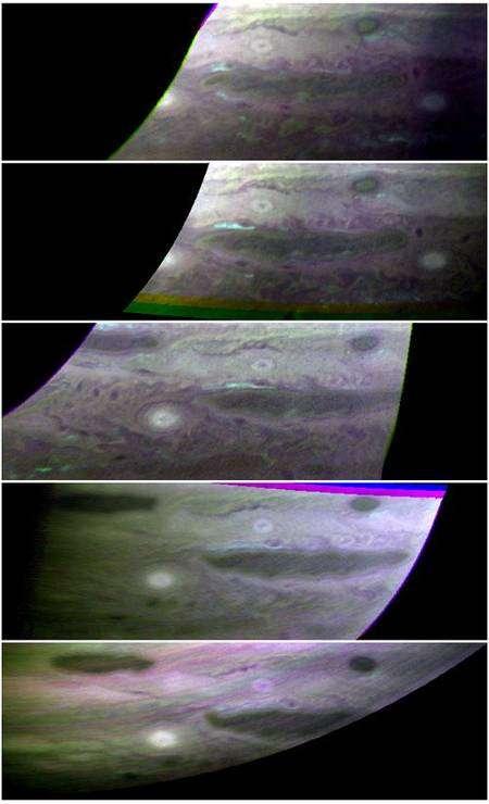 Nuages d'ammoniaque parcourant l'atmosphère de Jupiter. Crédit Nasa
