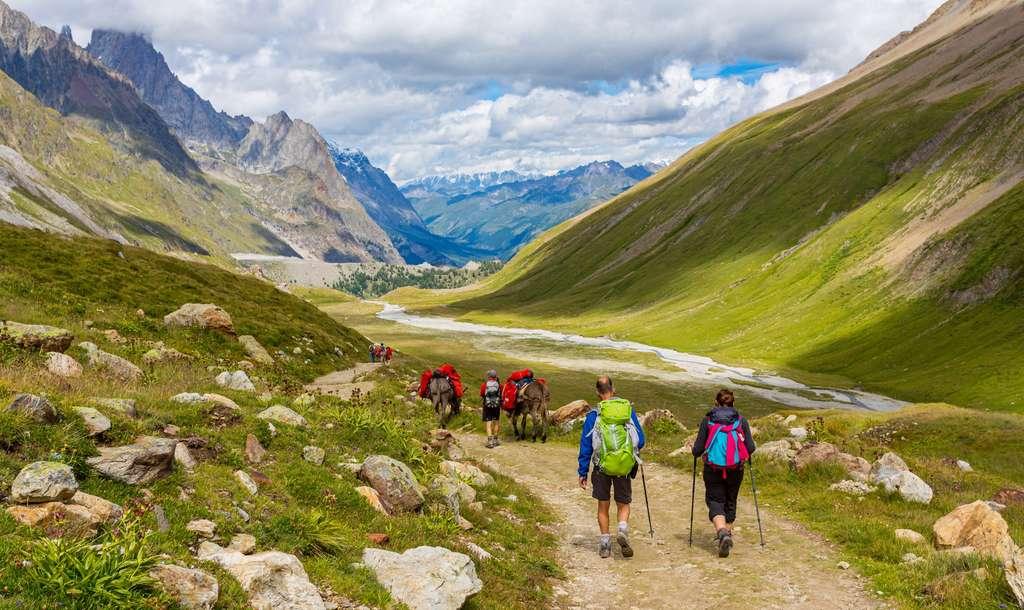 Dès l'été 2022, les amateurs de randonnée pourront découvrir la super rando de 3.000 km qui vous emmènera au cœur des plus beaux parcs naturels. © AlexQ, Adobe Stock