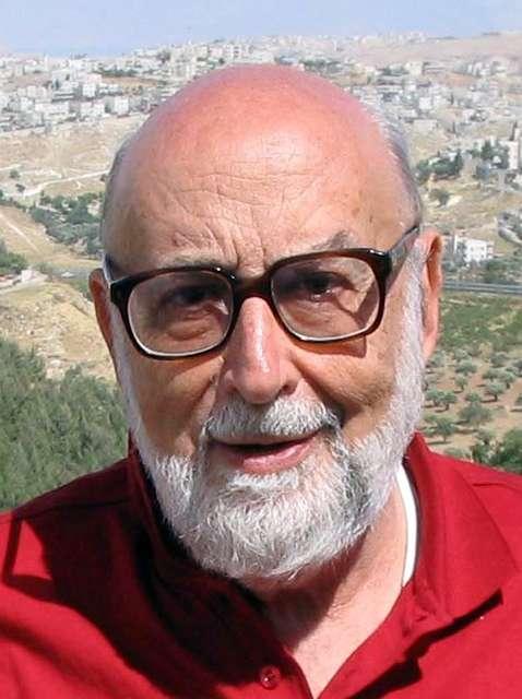 François Englert, l'un des physiciens ayant découvert le mécanisme de Brout-Englert-Higgs supposé être à l'origine des masses des particules élémentaires. © Pnicolet, Wikipédia