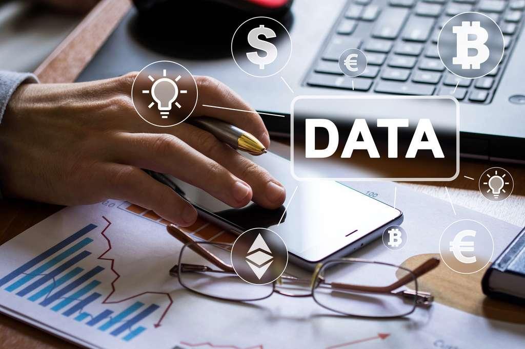 Le data scientist est chargé de la collecte et de l'analyse de gros volumes de données issues de multiples sources d'information. © maxsim, Fotolia.