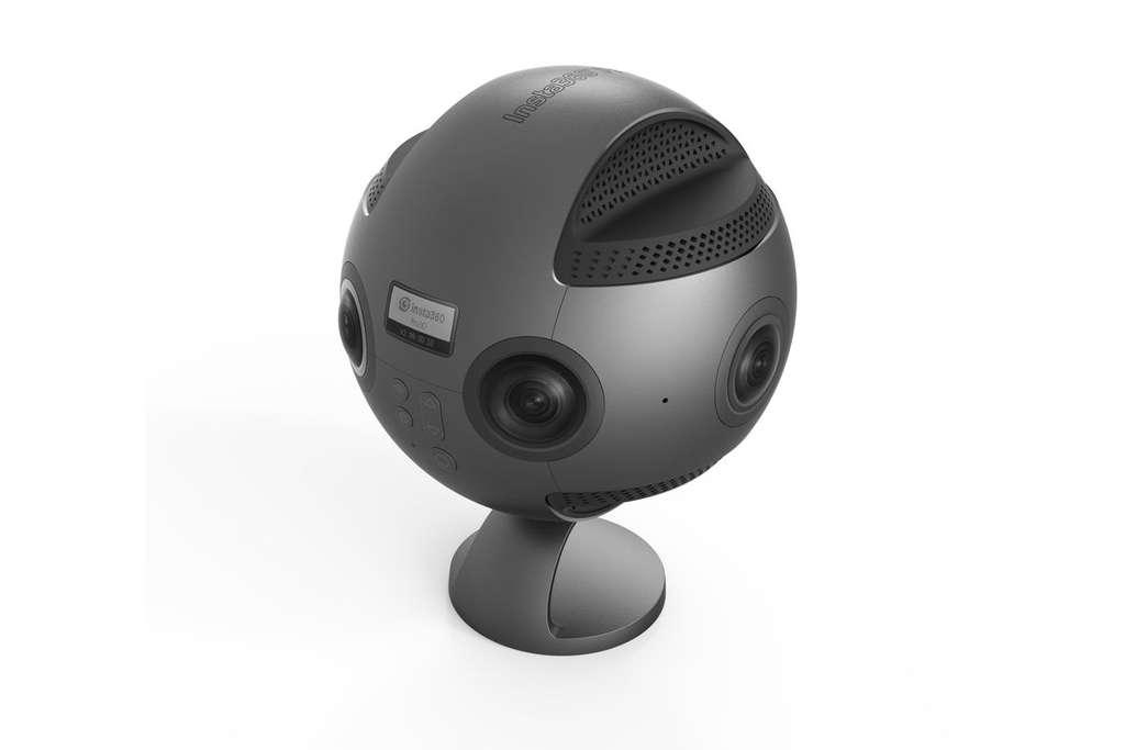 La caméra professionnelle Insta360 VR Pro, fabriquée par la start-up chinoise du même nom, s'était fait remarquée au CES 2017, à Las Vegas. © DR