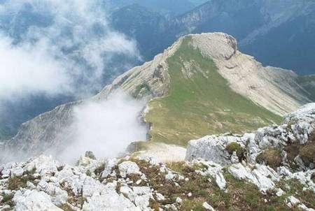 Le petit Veymont dans le massif du Vercors. © Wikipedia