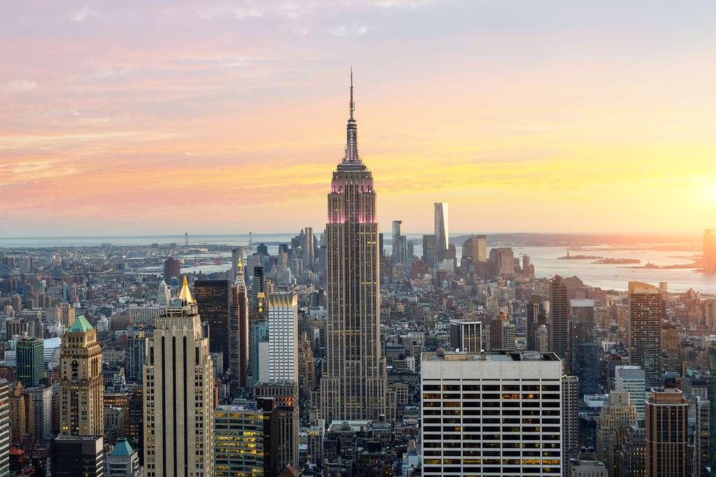 L'Empire State Building est le plus haut gratte-ciel de New York : 381 mètres. © s4svisuals, fotolia