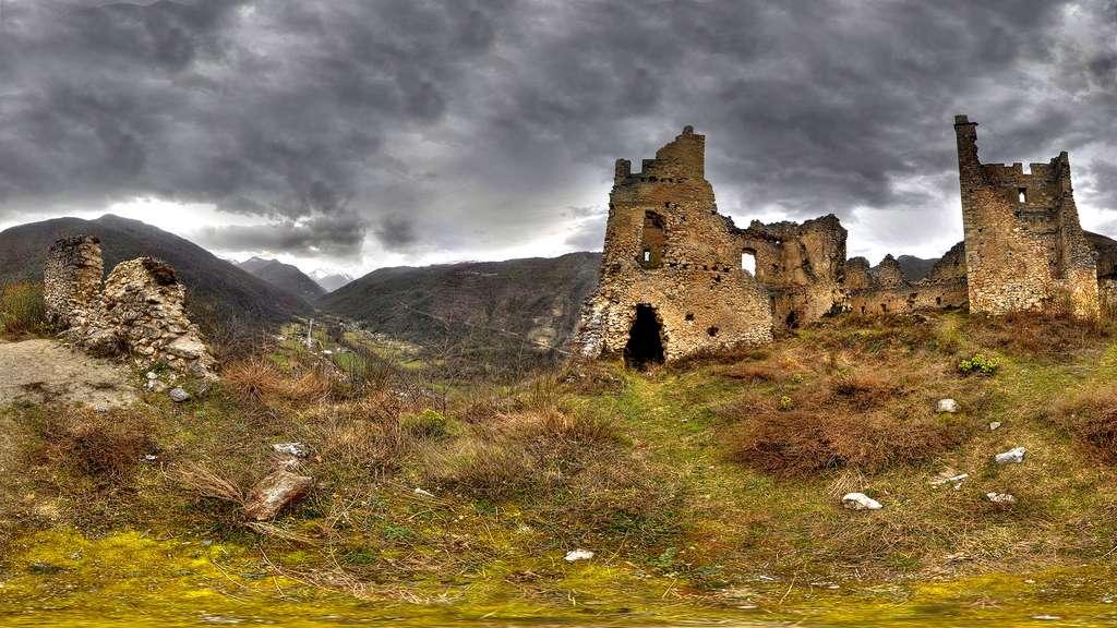 Les ruines du château de Miglos