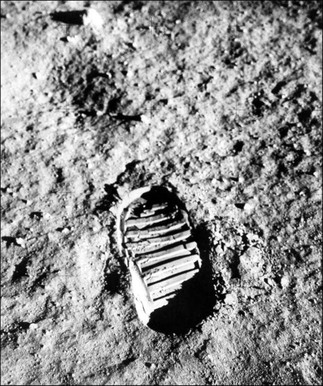 L'empreinte de pas sur la Lune d'un des astronautes d'Apollo 11, le 20 juillet 1969. © Nasa, AFP Archives