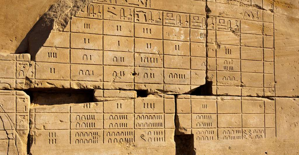Calendrier Lunaire Notre Temps 2019.Le Calendrier Egyptien Dossier