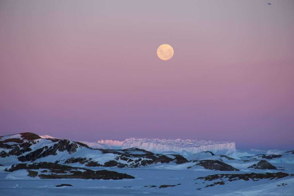 Photo prise depuis la base de recherche indienne en Antarctique, Bharati Station. © B. Sudarsan Patro