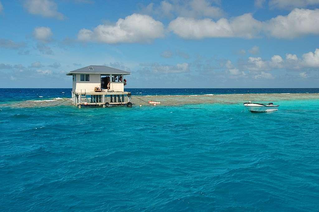 Maison sur l'atoll de Makemo