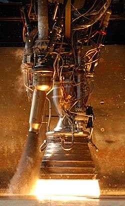 Le moteur Merlin 1C au banc. Crédit SpaceX.