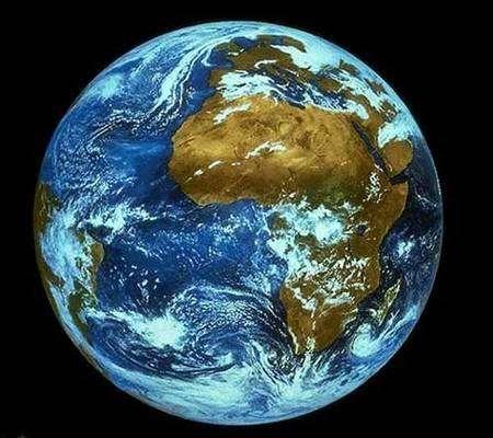 La Planète bleue. Crédit Nasa