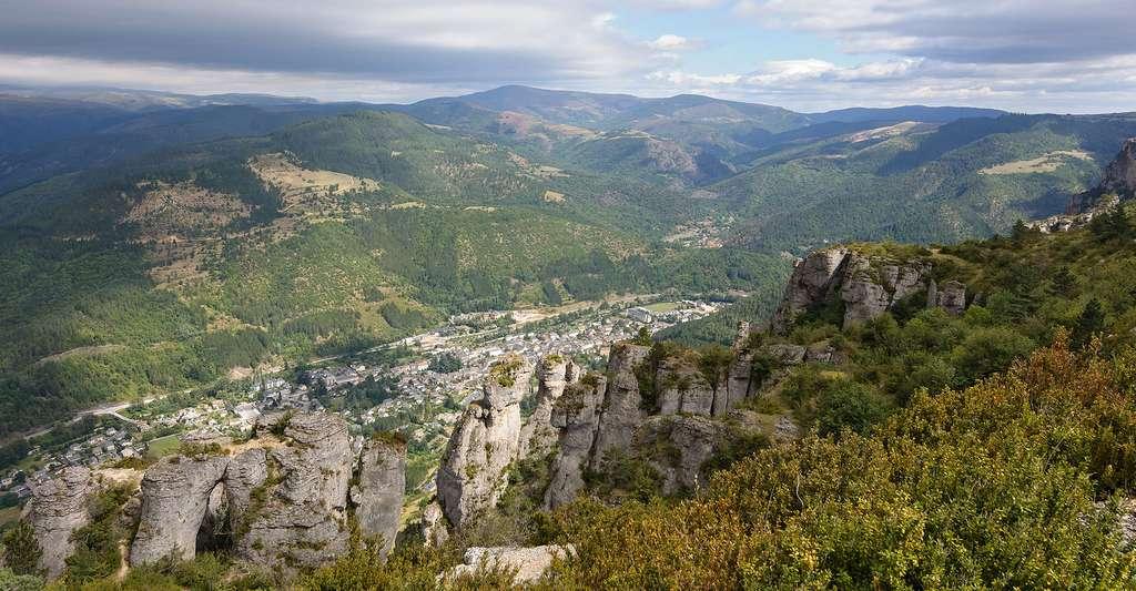Vue sur Florac dans le parc national des Cévennes (Lozère, France). © Myrabella, Wikimedia commons, CC by-sa 3.0