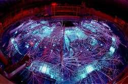 La Z-machine a produit des températures dépassant allègrement les deux milliards de degrés ! (Crédits : Randy Montoya)
