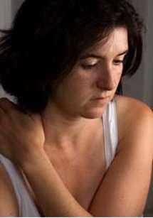 Le risque principal de la dépression, si elle n'est pas détectée assez rapidement, est le suicide. Parfois, elle passe même inaperçue et le patient l'affronte seul. © Brian McEntire, Fotolia