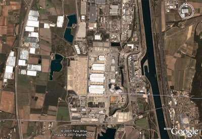 Le site de Pierrelatte en vue aérienne. L'usine a été classée secrète jusqu'en 1978. © DR