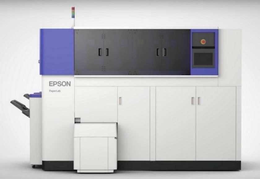 La machine à recycler PaperLab d'Epson peut produire jusqu'à 14 feuilles de papier A4 à partir de papiers usagés. © Epson
