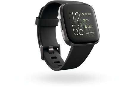 Considering its design and functions, the Fitbit Versa 2 could be the basis of the first Pixel Watch.  © Fitbit