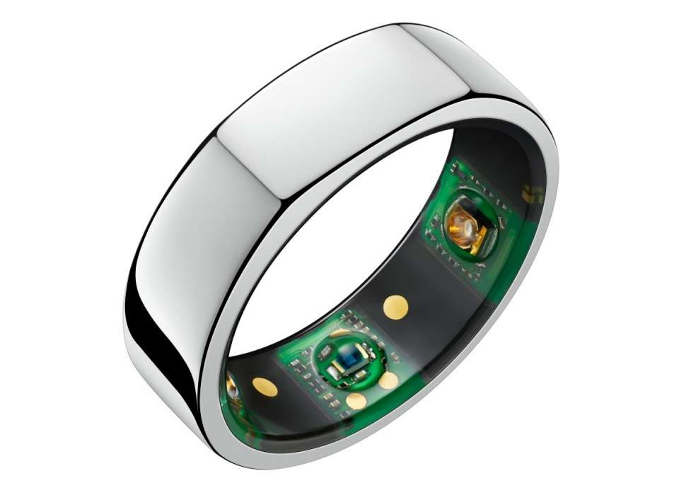 This ring is made up of multiple sensors to prevent possible Covid-19 infection in American athletes.  © Oura