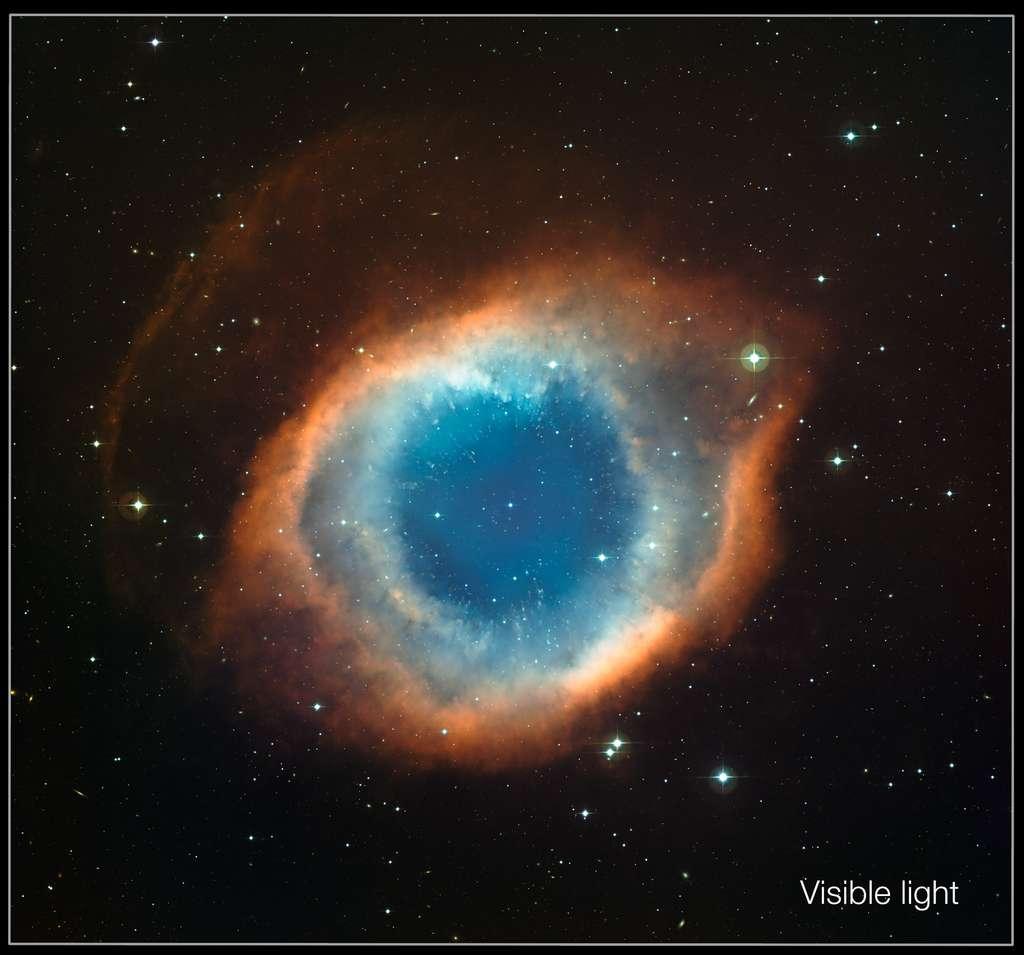 Image de la nébuleuse de l'Hélice réalisée dans le visible par le télescope MPG de 2,2 mètres de diamètre. © ESO