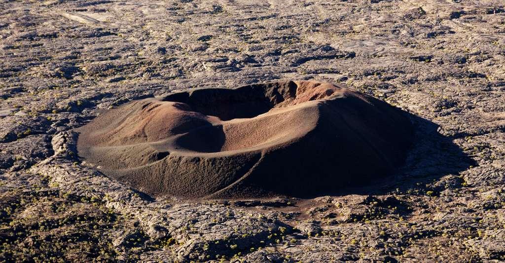 Piton de la fournaise, le petit cratère. © Pierre Guinoiseau,CC BY-NC 2.0