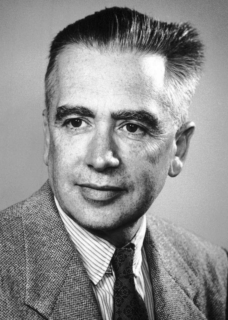 La découverte du technétium par Emilio Segrè, en 1937, a montré que le tableau périodique pouvait s'enrichir d'éléments créés artificiellement. © Nobel fondation, Wikipedia, Domaine public