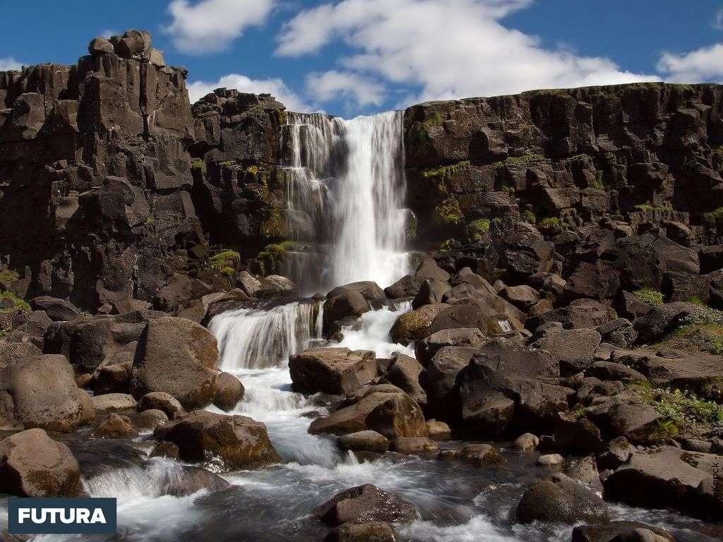 Cascade de Þingvellir - Iceland