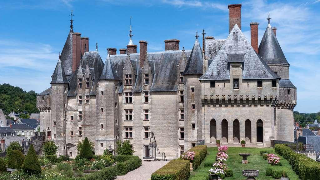 Le château de Langeais, forteresse qui tombe l'armure