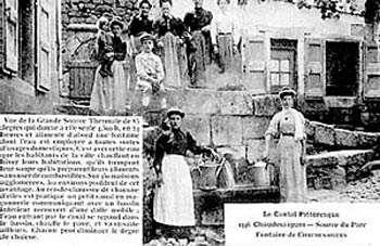 À Chaudes-Aigues, une source à 82° C. © Coll Chaudes Aigues