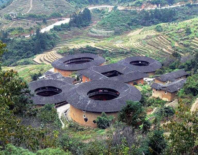 Les tulou du Fujian, habités par les Hakka