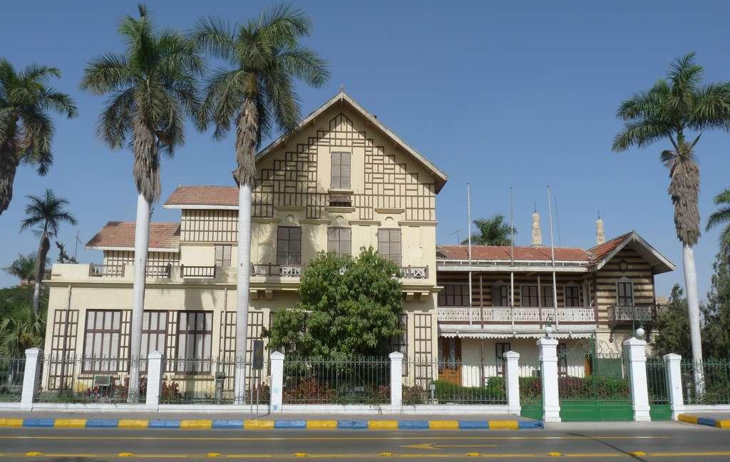 Maison et bureaux de Ferdinand de Lesseps (et de la compagnie du canal de Suez) à Ismaïlia. © Wikimedia Commons, domaine public.