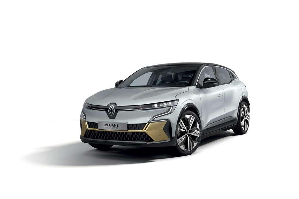 Sur la Mégane e-Tech Electric, les poignées de portes sont affleurantes et automatiques. © Renault