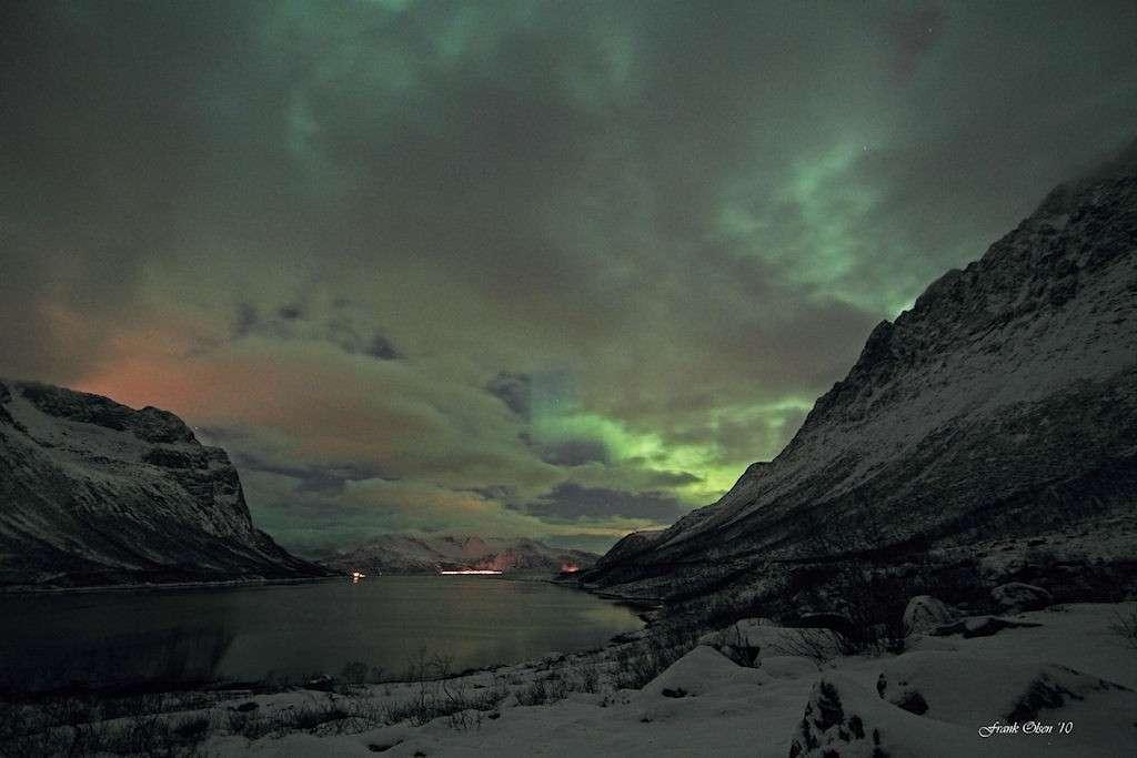 Restes d'une aurore boréale. © Franck Olsen