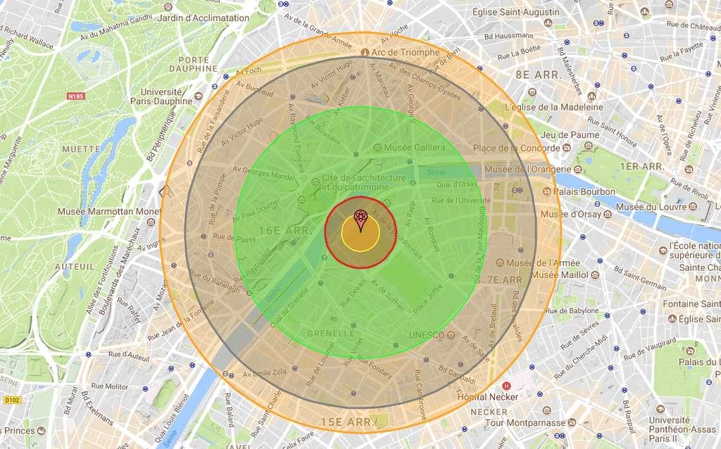 Si une bombe A équivalente à celle larguée sur Hiroshima, tombait au centre de Paris, voici, selon Nukemap, les zones qui seraient directement touchées. Au centre, la zone d'impact de l'explosion nucléaire (environ 180 m) à proprement parler ; ensuite, une zone dans laquelle le souffle de l'explosion est tel que rien n'y résiste (environ 340 m) ; puis, une zone subissant des radiations suffisantes pour tuer – sans prise en charge médicale rapide – jusqu'à 90 % de la population (environ 1,2 km) et une zone subissant des effets du souffle encore suffisants pour détruire les habitations (environ 1,67 km) et enfin, la zone subissant des effets thermiques de l'explosion allant encore jusqu'à des brûlures au troisième degré (environ 1,91 km).