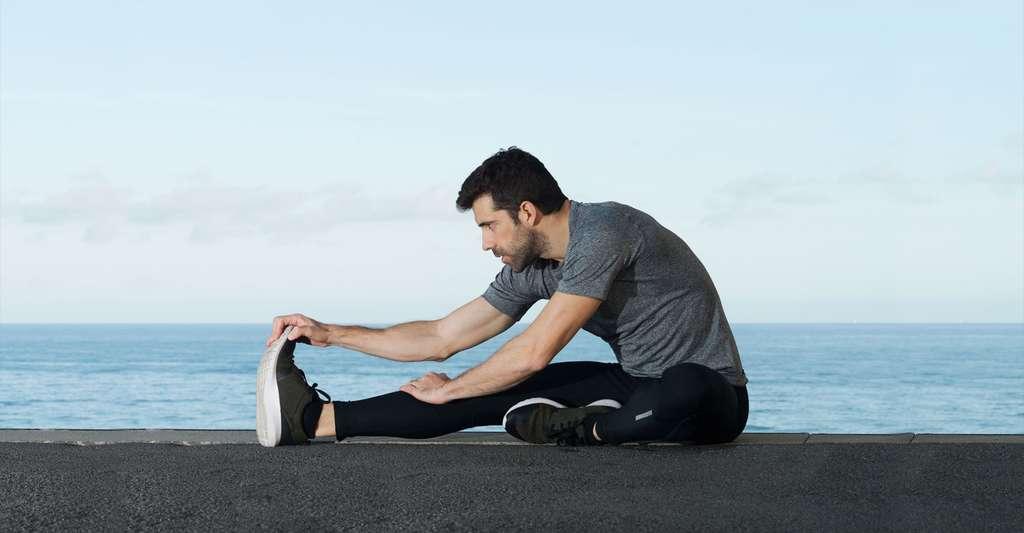 L'autosurveillance glycémique est essentielle dans la prise en charge du diabète. Quant au traitement, il est notamment conseillé de faire du sport. © ClaudioValdes, Shutterstock