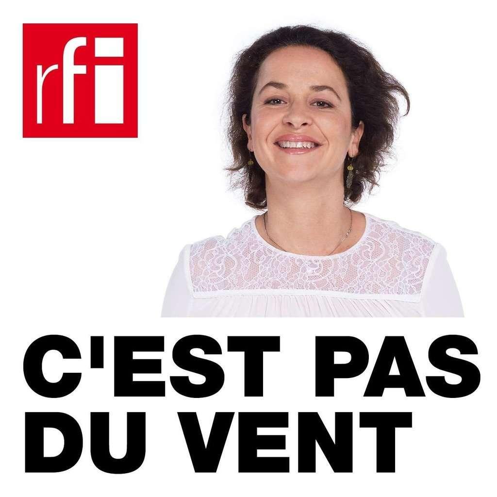 L'émission C'est pas du vent est présentée depuis 10 ans par Anne-Cécile Bras. © rfi