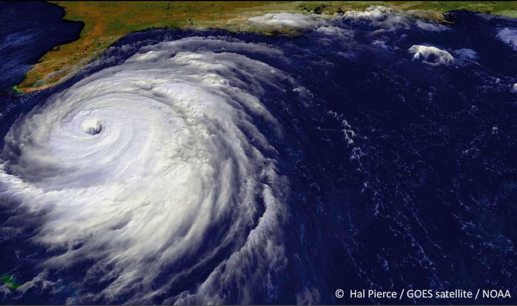 Photographie du cyclone Floyd au large de la Floride, prise depuis un satellite de la Nasa le 14 septembre 1999 à 12 h 59 TU. Ce cyclone tropical a fait 57 morts et provoqué des dommages pour un montant évalué à 4,5 milliards de dollars. © Hal Pierce, GOES satellite, NOAA