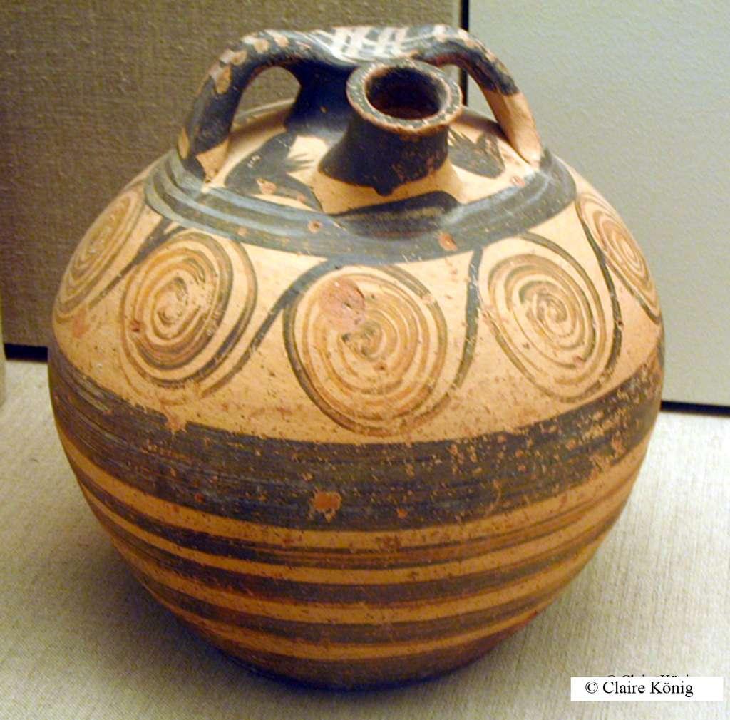 Vase à étrier typique, Santorin. © Claire König