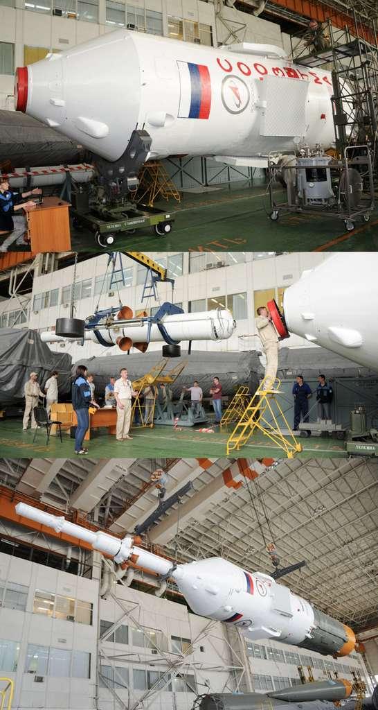 Cette image montre l'installation au sommet de la capsule Soyouz, la tour d'extraction. Élément majeur de la sécurité des astronautes, elle a pour fonction d'extraire la capsule du lanceur et de l'éloigner le plus rapidement et le plus loin possible en cas de danger. © RKK Energia