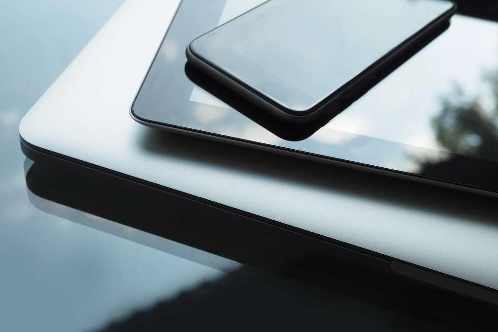 À retenir : votre connexion doit être similaire sur votre smartphone et votre PC. © Rostichep, Adobe Stock